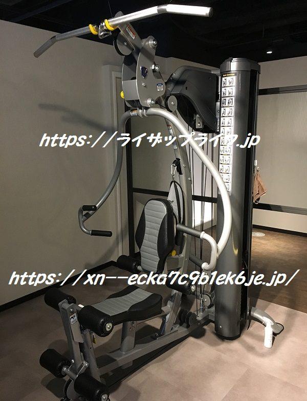 ライザップ柏店のマシンルームのトレーニングマシン