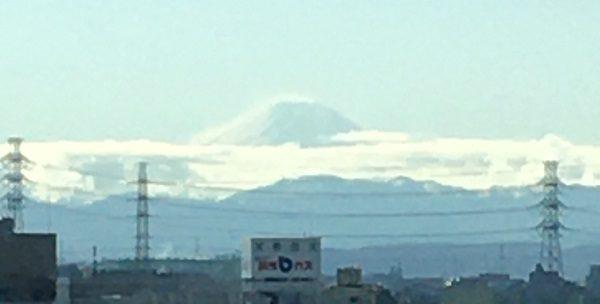 ライザップ本川越店から見える富士山